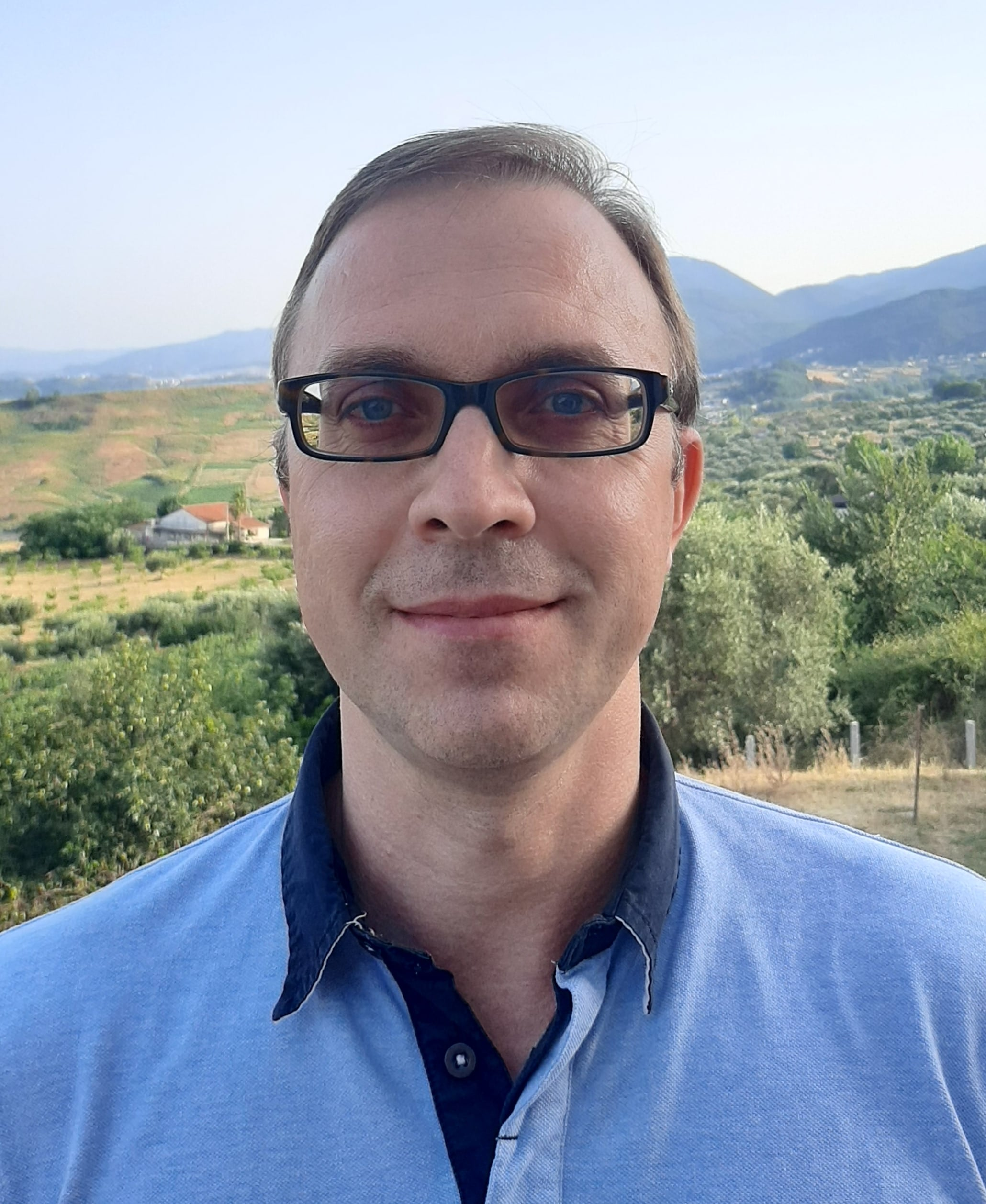 Dr. Dmitri E. Kvasov