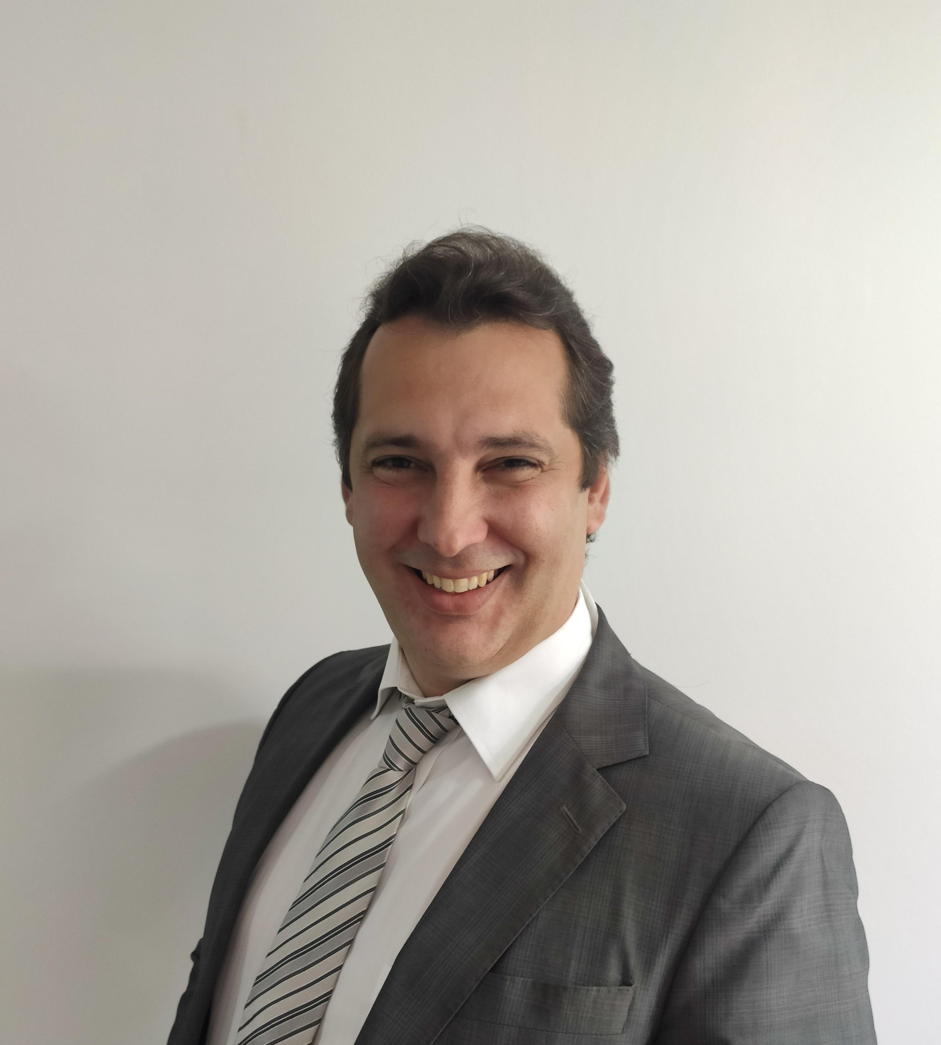 Dr. Juan Carlos Travieso-Torres