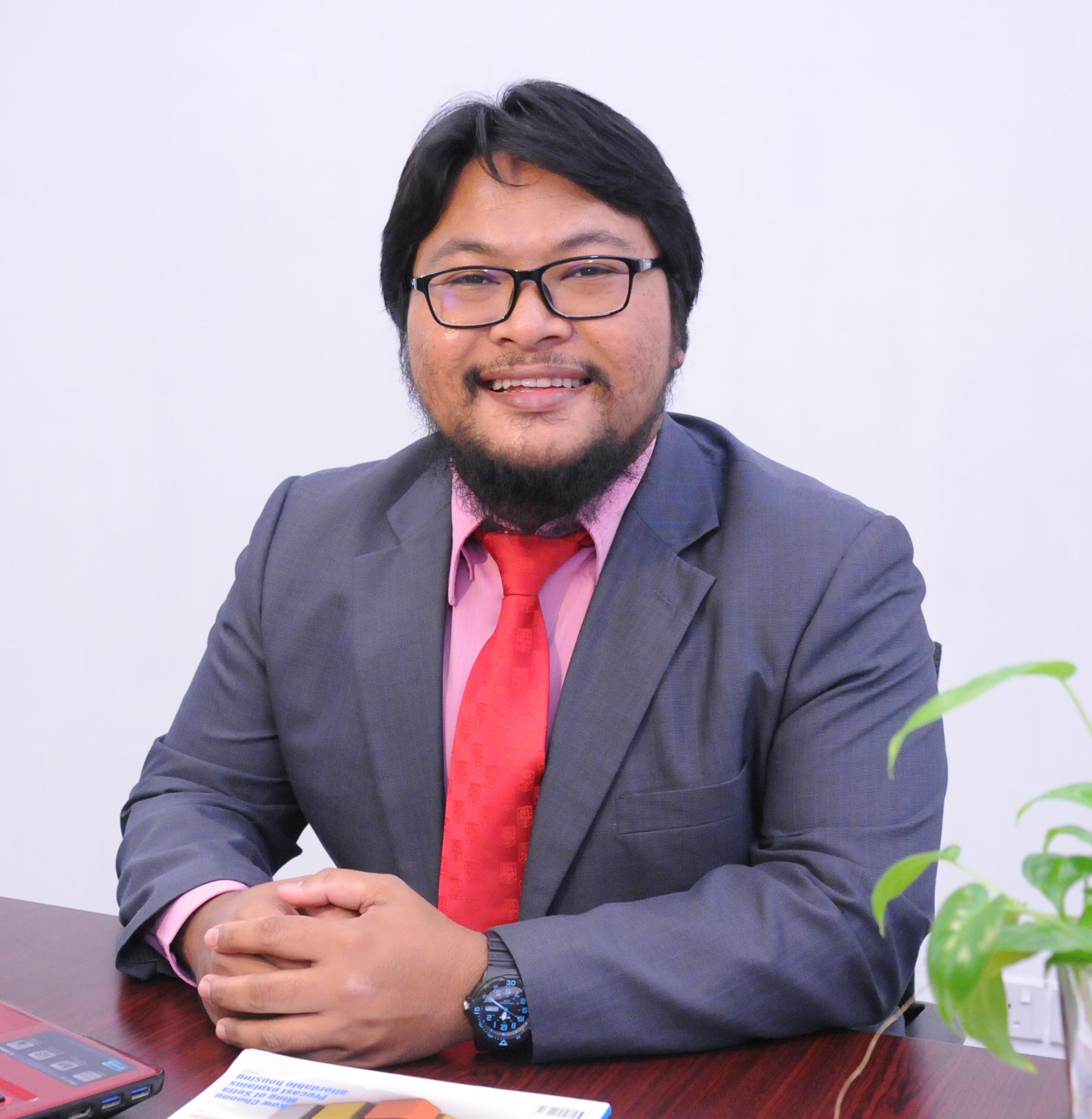 Dr. Hassimi Abu Hasan